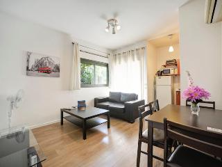 Best 1 BR by the beach with Balcony - Tel Aviv vacation rentals