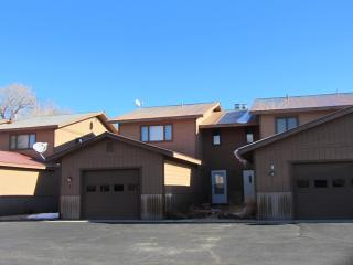 Sunny condo near golf course - Gunnison vacation rentals