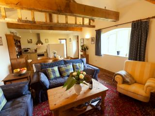 Beautiful Barn with Internet Access and Television - Bury Saint Edmunds vacation rentals