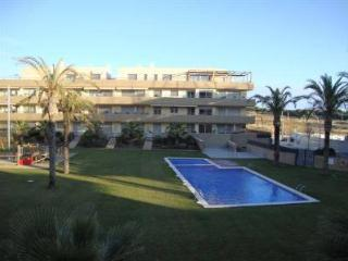 Cozy Condo with Internet Access and A/C - Vilanova i la Geltru vacation rentals