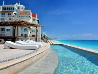 Ocean View Suite 2 Cancun Plaza - Cancun vacation rentals