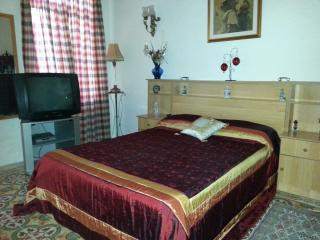 Room in a lovely typical Maltese house - Birkirkara vacation rentals
