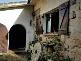 Cozy 2 bedroom Sassari Watermill with Iron - Sassari vacation rentals