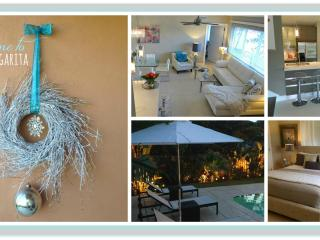 * EAST Boca Raton FL - Beautiful Home with large *heated* pool and park view, only 5 min to beach and downtown - Boca Raton vacation rentals