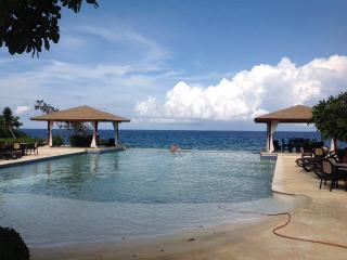 Beautiful 2 bedroom 2 baths condo in a ocean front - Sosua vacation rentals