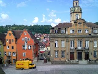 Vacation Apartment in Schwäbisch Hall - 538 sqft, quiet, central, relaxing (# 4670) - Schwäbisch Hall vacation rentals
