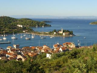 Vis old town apartment - Vis vacation rentals