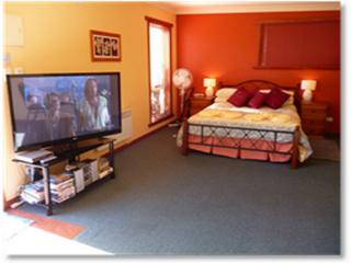 Romantic 1 bedroom Apartment in Devonport - Devonport vacation rentals