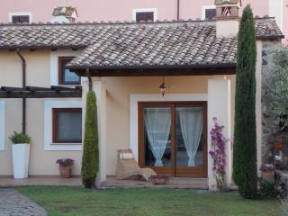Romantic 1 bedroom Villa in Bracciano with Internet Access - Bracciano vacation rentals