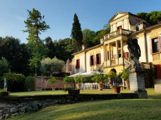Villa Vigna Contarena - Apartment 2 - Este vacation rentals