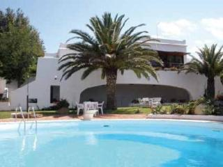 Villa with garden, swimming-pool and private beach - Brucoli vacation rentals