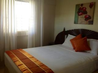 Home Away -Charming One Bedroom minutes from - Christ Church vacation rentals