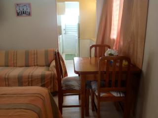 Home Away -Charming One Bedroom near the Beach - Maxwell vacation rentals