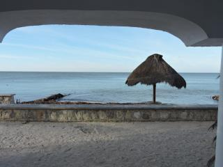 Beach front, comfortable, ground level condo - Progreso vacation rentals