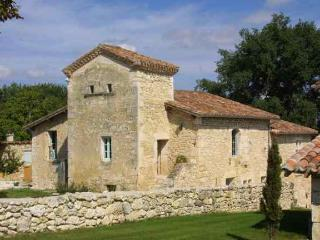 Spacious House with Central Heating and Balcony - Saint Leonard vacation rentals