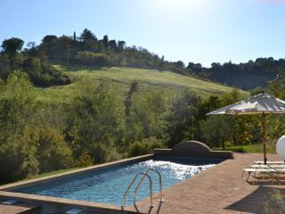 Orvieto Area-Lovely family farmhouse with private pool. - Civitella d'Agliano vacation rentals