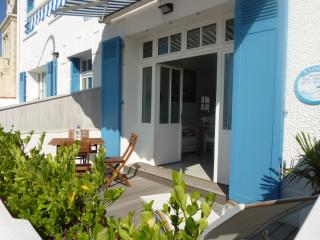 Nice Condo with Internet Access and Dishwasher - Saint Gilles Croix de Vie vacation rentals