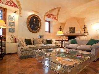 The Palace Residence is a unique single family hom - Rome vacation rentals