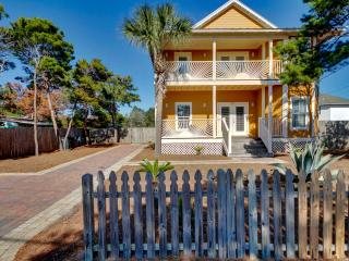 'Mango Sun' 6B/4Ba - Private Pool - Sleeps 15 - Destin vacation rentals