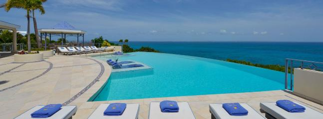 Villa Mes Amis 13 Bedroom SPECIAL OFFER - Terres Basses vacation rentals