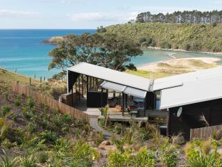 Otaha Beachfront Lodge - Kerikeri vacation rentals