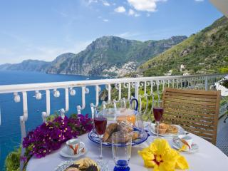 Laurito elegant house - Positano vacation rentals