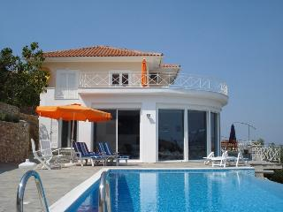 Beautiful 5 bedroom Villa in Lefkas - Lefkas vacation rentals