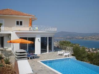 Beautiful 5 bedroom Villa in Lefkas - Lefkas vacation rentals