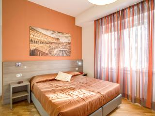 Vatican Rooms Cipro - Fabrica di Roma vacation rentals