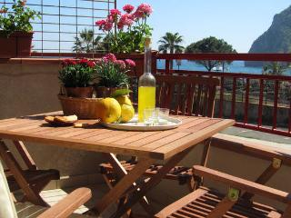 ComeinSicily-Sant'Alessio-Cozy Central Beachfront - Sicily vacation rentals
