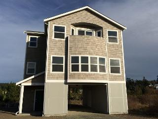 222 - Admirals Cove Seaside Getaway - Coupeville vacation rentals