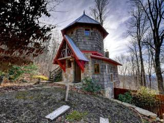 Hobbit House - Marshall vacation rentals