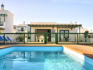Villa Nohara Superior, Pool & Wifi - Playa Blanca vacation rentals