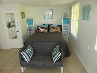 Studio Grouper Room in Matlacha - Matlacha vacation rentals
