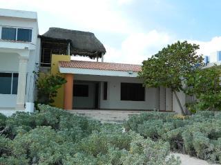 Cozy 2 bedroom House in Progreso - Progreso vacation rentals