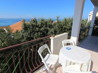 Apartment for 4 Persons / close to the beach - Kozino vacation rentals