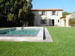 Luxury Furnished Villa  Swimming Pool Aix En Pce - Pourrieres vacation rentals