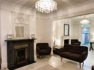 Luxury Four Bed Townhouse - Oxford vacation rentals