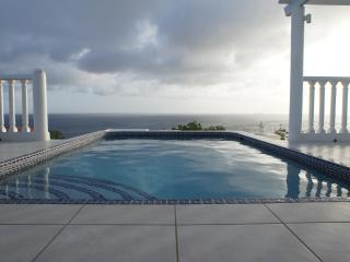 Bonbini Villa-WINTER SALE! Big sky views and sunsets over the water!  Private! - Willibrordus vacation rentals