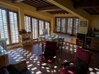 Travi Risonanti for Families, Double-Date Couples - San Gimignano vacation rentals