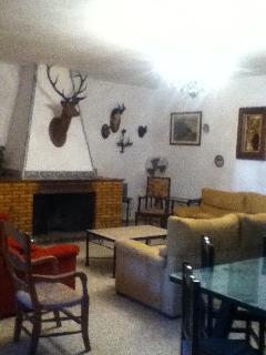 Bright 11 bedroom Chalet in El Rocio - El Rocio vacation rentals