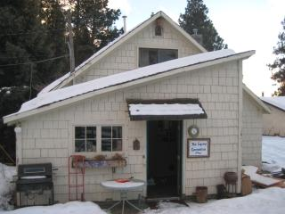 Cozy 3 bedroom Cottage in Vernon - Vernon vacation rentals