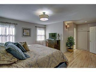 $195 DEC 2 to JAN 16! FREE Disney Parking! 14 BEDS! LARGE groups! 1 mile WALK! - Anaheim vacation rentals