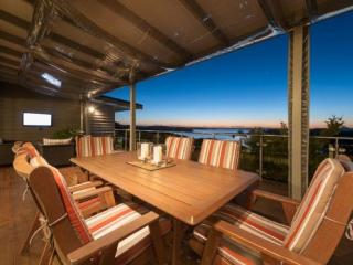 Bay View - Russell vacation rentals