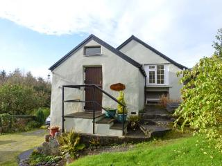 BOTHAN NA SICINI, peaceful forest location, studio cottage near Ballingeary, Ref. 918448 - Leap, County Cork vacation rentals