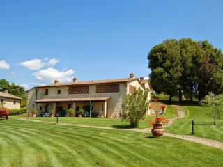 Sunny House with Internet Access and Grill - Barberino Val d' Elsa vacation rentals