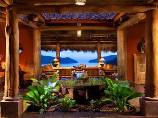 Exquisite 3 Bedroom Property in Jaco - Herradura vacation rentals