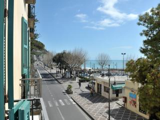Perfect Condo with A/C and Balcony - Maiori vacation rentals