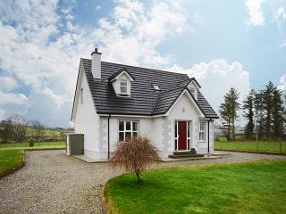Beautiful 4 bedroom House in Culdaff - Culdaff vacation rentals