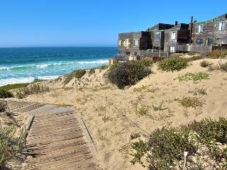 3097 Sanctuary in the Dunes ~ Save 20% in April! Ocean Front, City Lights! - Monterey vacation rentals
